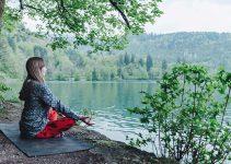 Bien choisir sa tenue de yoga pour une pratique efficace