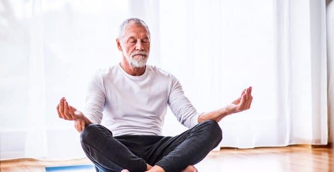 Le top 5 des postures de yoga pour homme
