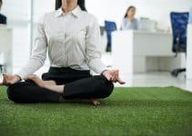 Yoga au bureau : comment faire ?