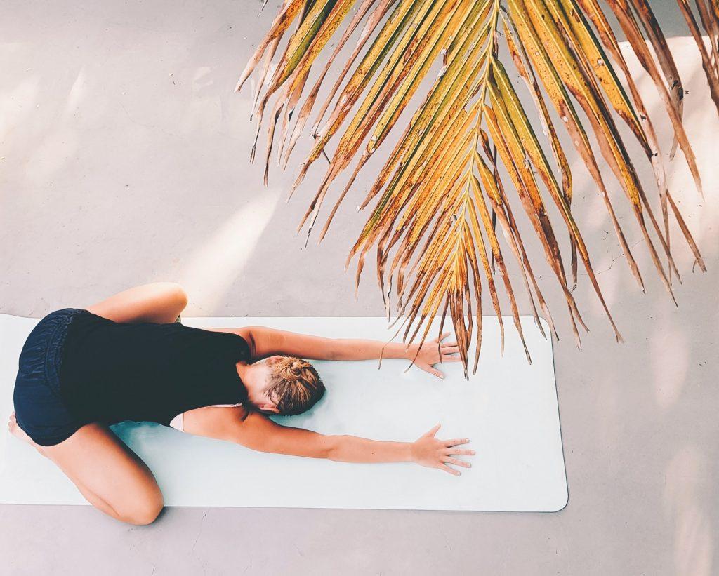 Position de l'enfant, yoga